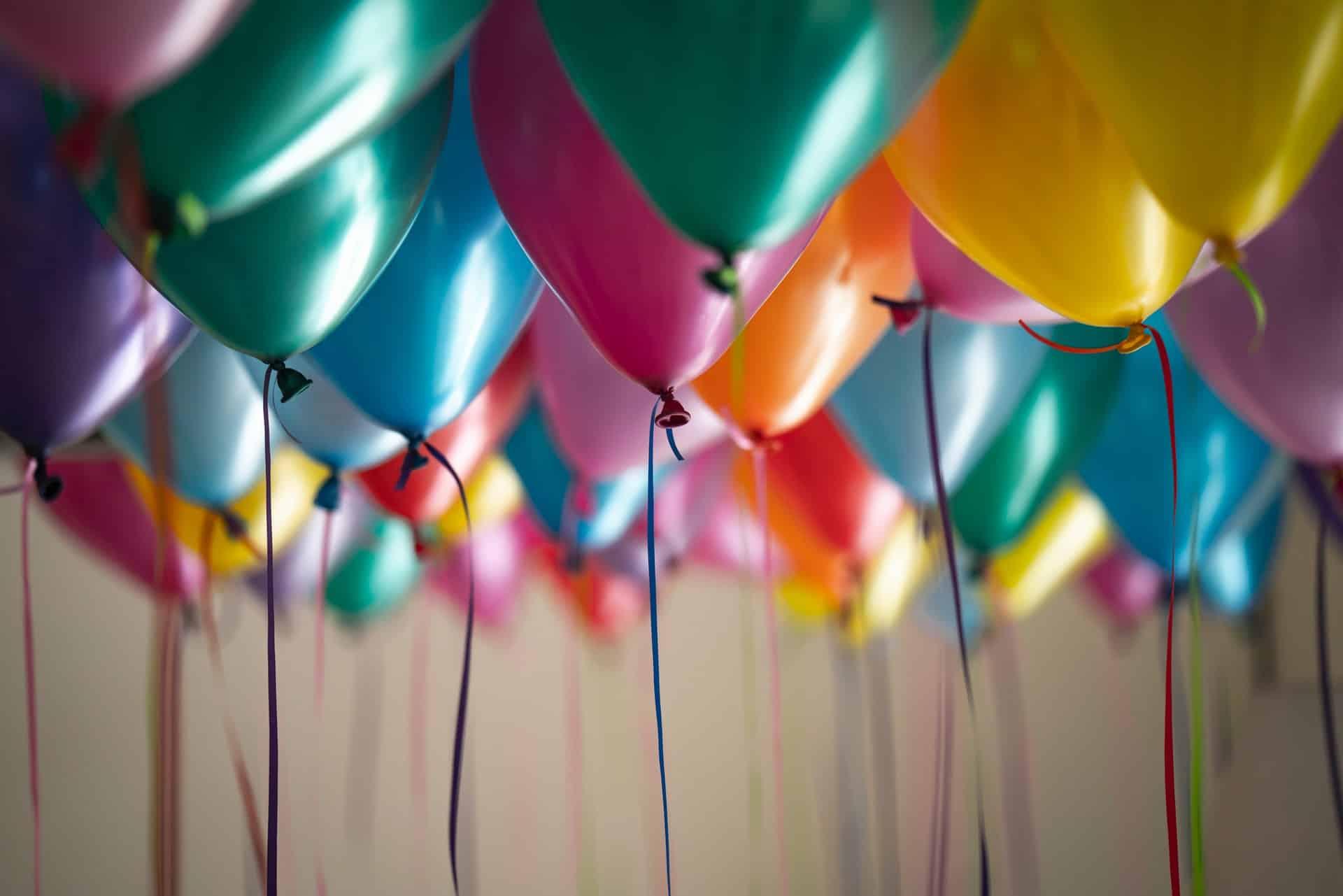 verjaardag vieren in lockdown: met toeters en bellen