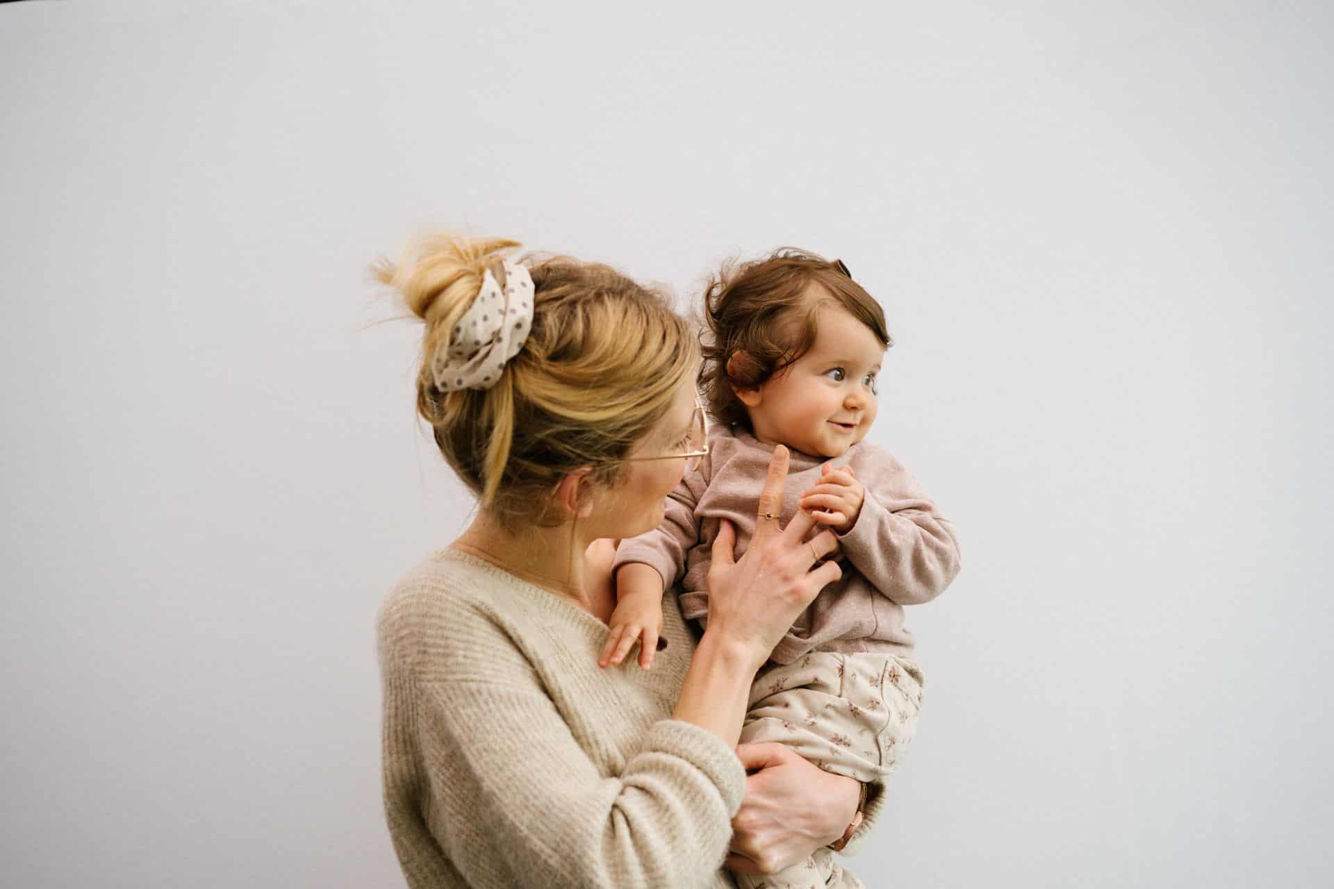 Mijlpaal op 9 maanden: baby even lang uit als in de buik