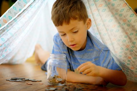 Kwetsbare gezinnen kunnen Covid-19-toeslag op het Groeipakket aanvragen vanaf 15 juni