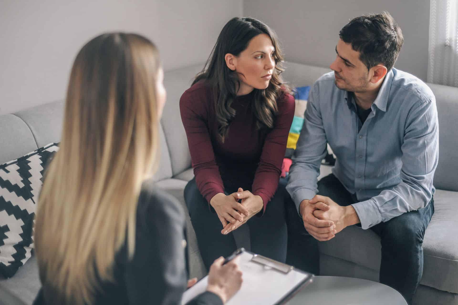 Waar vind je hulp bij relatieproblemen?