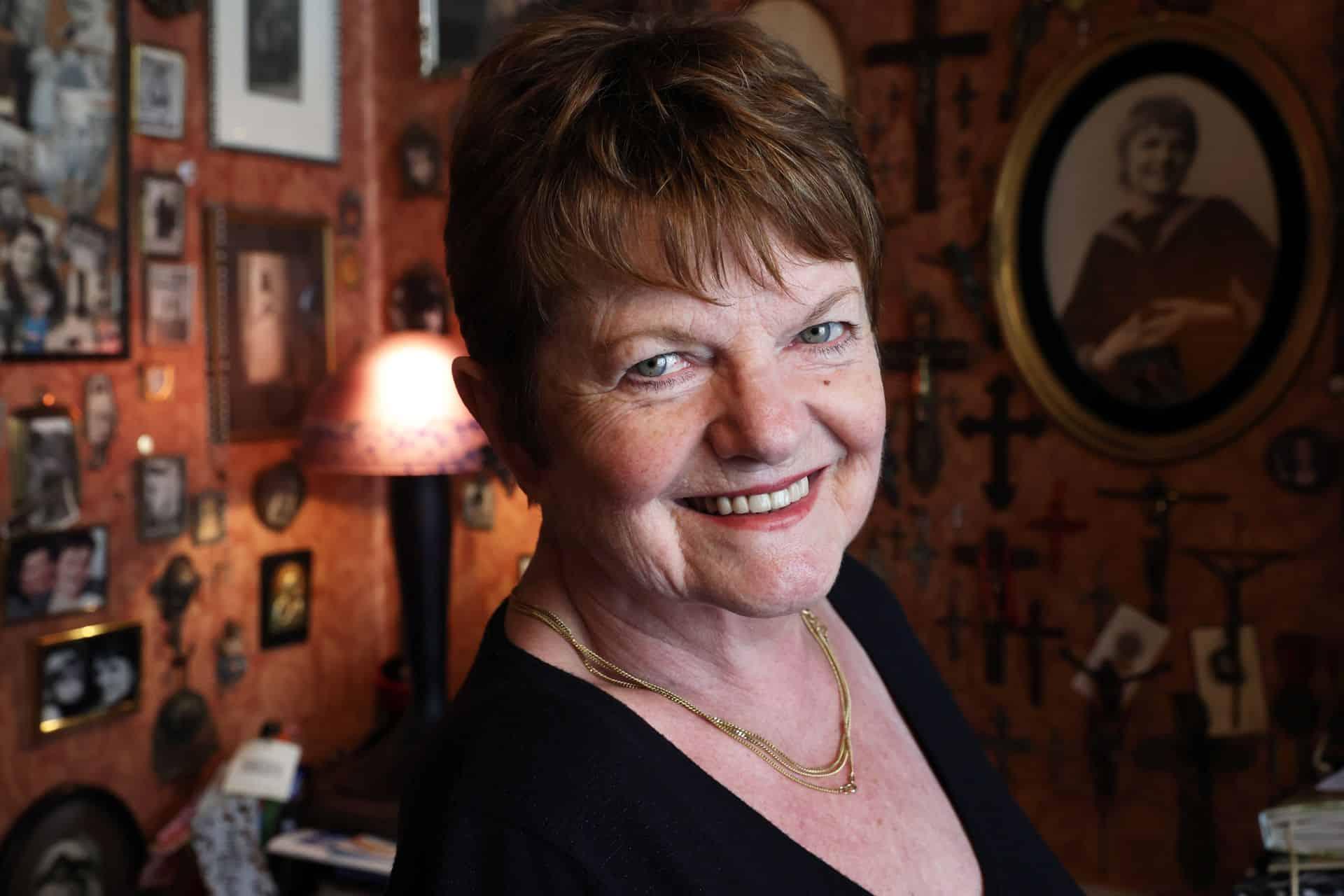 Janine Bischops: 'Ik vind het zalig om op te trekken met jonge mensen'