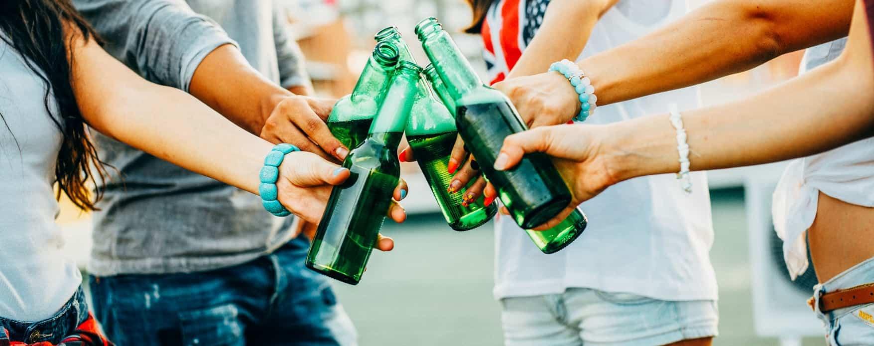 tieners leren omgaan met alcohol