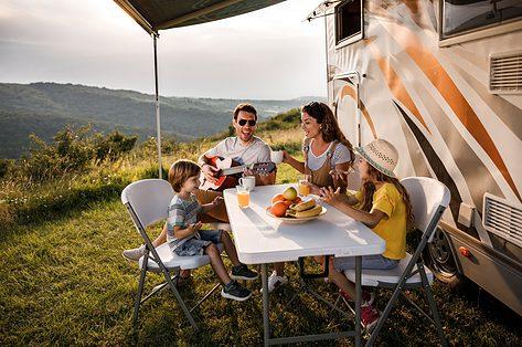Nog geen vakantieplannen? Ga eens kamperen!