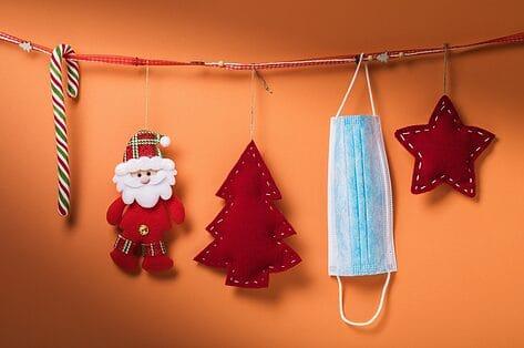 Kerst en Nieuwjaar tijdens corona: zo maak je het toch gezellig met familie