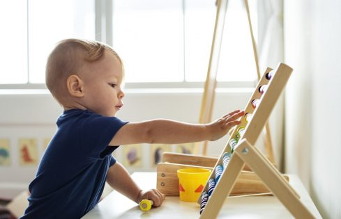 Kinderopvang in code oranje, wat betekent dit voor jou als ouder?