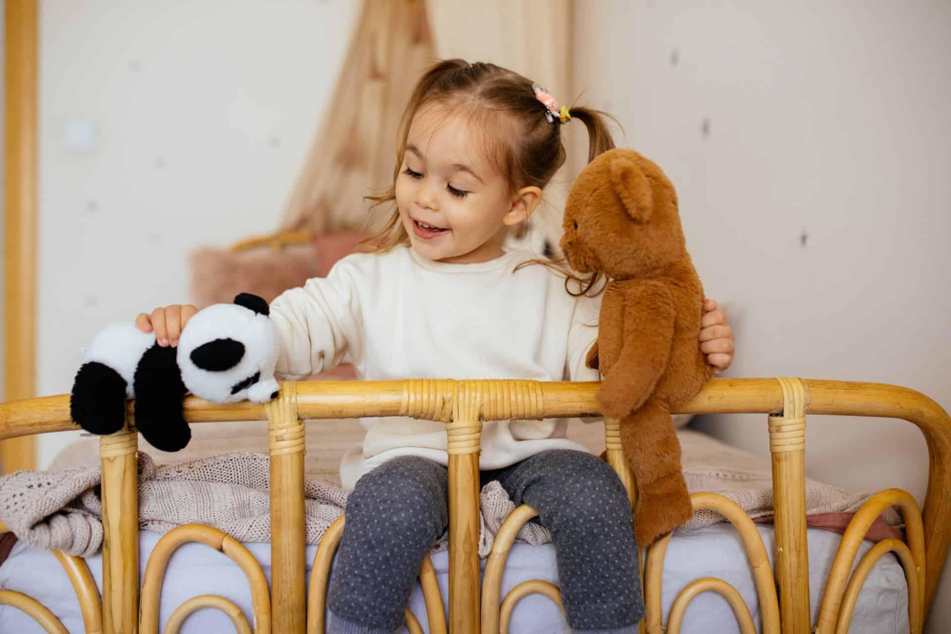 De kleinkinderen komen slapen: eerste hulp bij slaapwandelen en andere slaapvragen