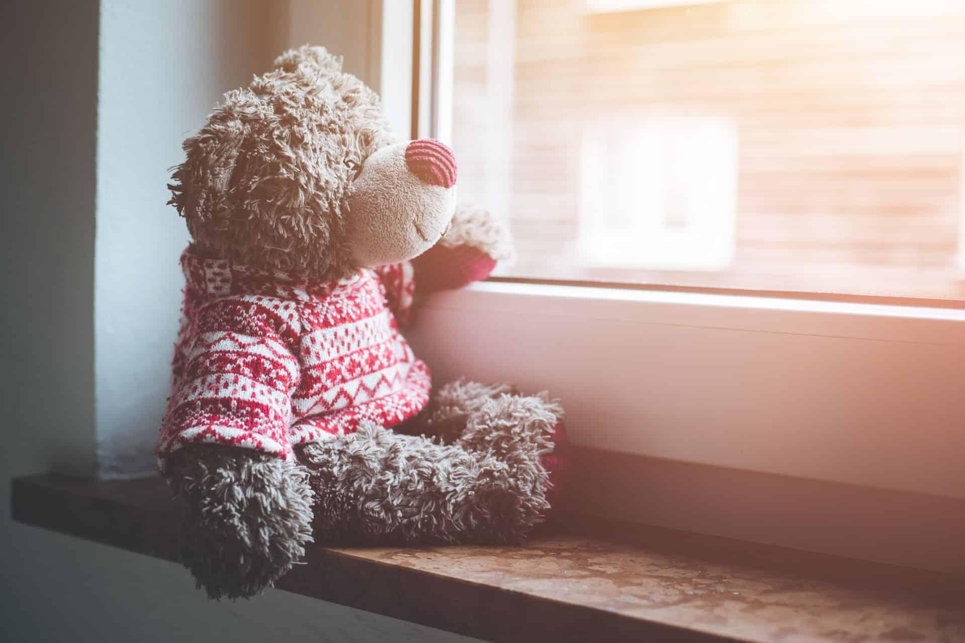 Kan een knuffelbeer gevaarlijk zijn voor mijn kind?