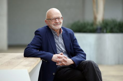 Ouderenpsycholoog Luc Van de Ven: 'Uit deze crisis kan ook iets moois groeien'