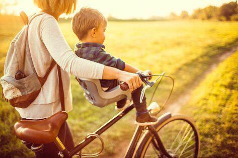 kinderen te vervoeren op de fiets