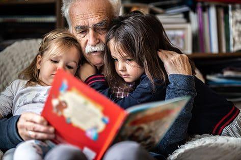 Moeilijke thema's bij kinderen bespreekbaar maken met boeken