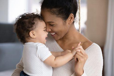 Een ode aan het absurde moederschap