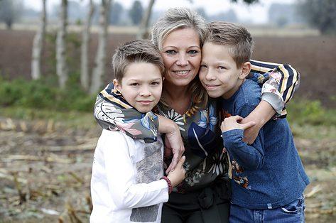 Ciny over haar postnatale depressie: 'Ik raakte geïsoleerd en was fysiek kapot.'