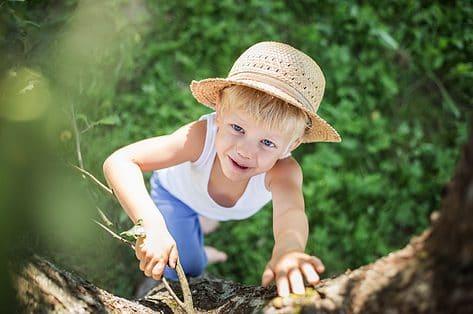 Risicovol spelen: tips om je kinderen veilig en avontuurlijk te laten spelen