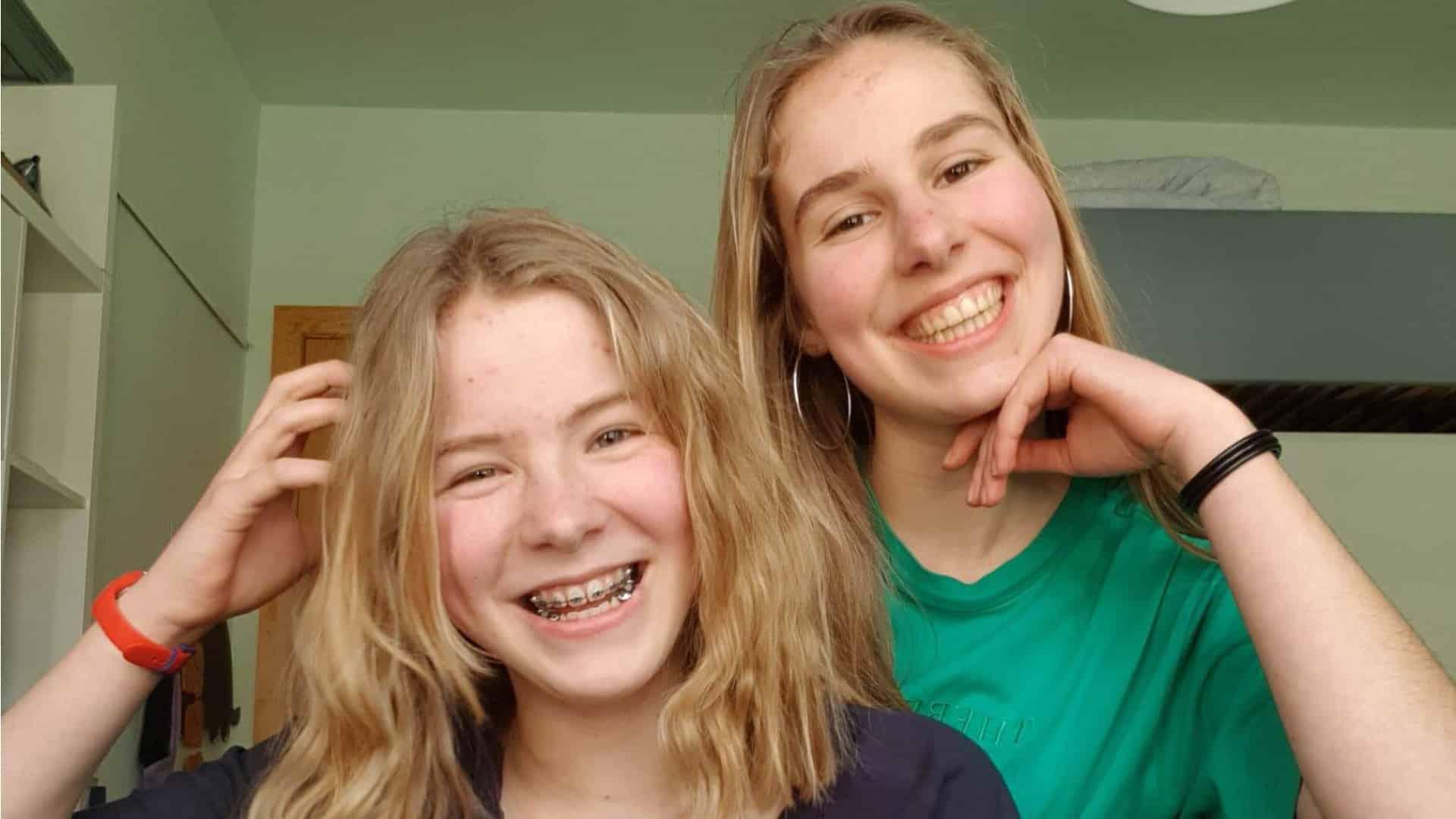 Tieners over vriendschap tijdens de coronacris: 'Zo'n videochat mist gezelligheid'