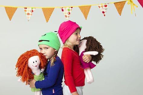 Vzw Prinses Harte schenkt kleurrijke troostpakketten aan kindjes met kanker: 'De liefde die Harte kreeg, willen we graag doorgeven'